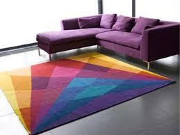 красочный шерстяной ковёр